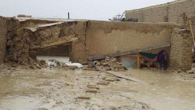 Через дощі в Афганістані за ніч загинули десятки людей