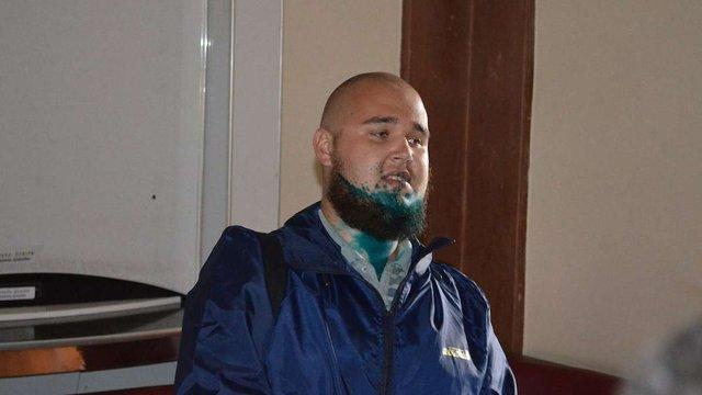 У Миколаєві «свободівець» і депутат «Опоблоку» на сесії поливалися зеленкою