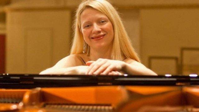 Американська піаністка українського походження гастролює у «ДНР»