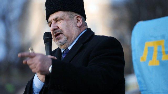 Кримські татари не візьмуть зброю, щоб протистояти окупантам в Криму, – Чубаров