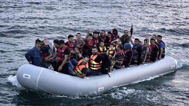 Потік біженців до Європи через Егейське море вщухає – генсек НАТО
