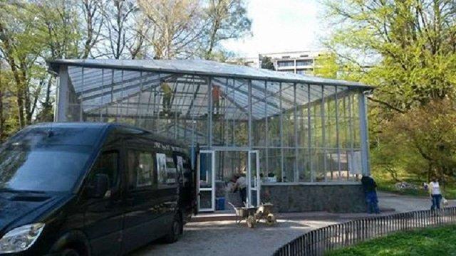 До кінця травня у Львові відновлять оранжерею у Стрийському парку