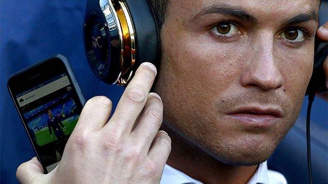 Футболіст Кріштіану Роналду лікуватиметься стовбуровими клітинами