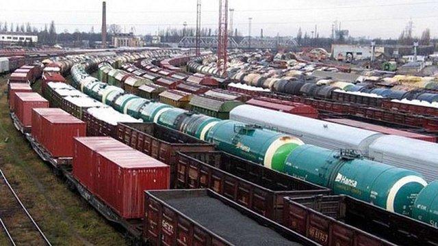 Залізничні вантажоперевезення в Україні подорожчали на 15%