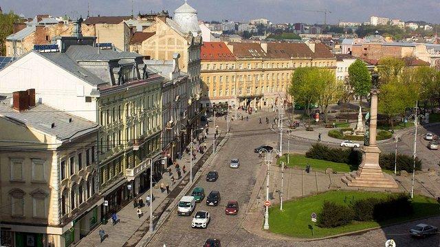 У вихідні центр Львова буде перекритий для приватного транспорту
