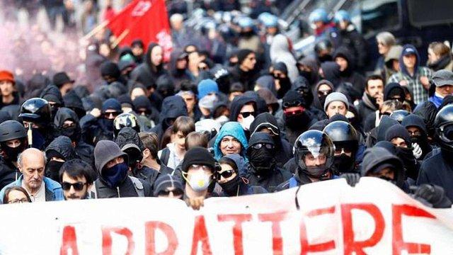 На кордоні Австрії та Італії виникли сутички між поліцією та протестувальниками