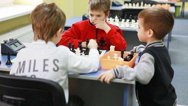 Львівська ІТ-компанія відкриває шахову майстерню