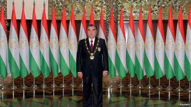 Президенту Таджикистану дозволили правити довічно і передавати владу у спадок