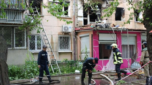 В одному з житлових будинків в Одесі пролунав потужний вибух: є жертви