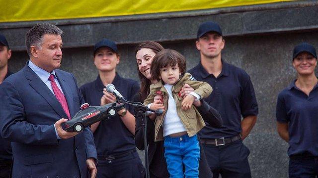 Згуладзе відмовилася від урядової кар'єри заради виховання сина