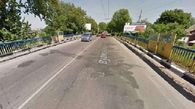 Аварійний міст на Городоцькій закривають на ремонт до жовтня