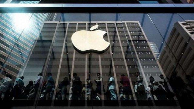 Apple хоче купити CNN та Warner Brothers