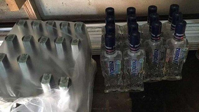У Червонограді викрили цех з виготовлення фальсифікованої горілки