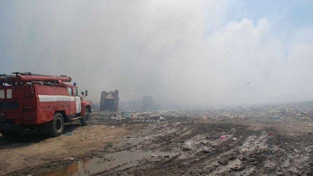 Пожежу на Грибовицькому сміттєзвалищі біля Львова погасили