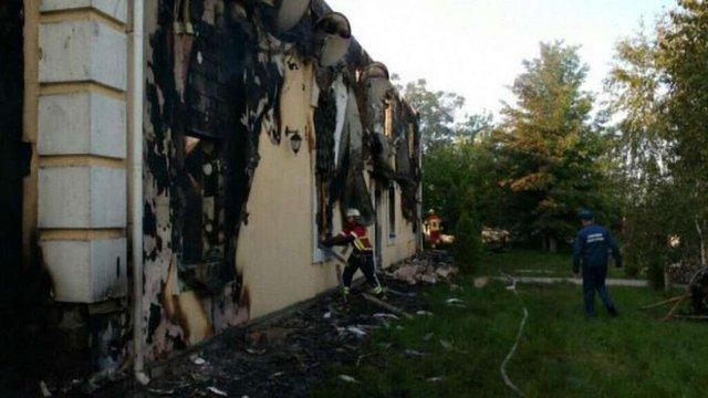 Власник згорілого на Київщині нелегального хоспісу володіє ще вісьмома такими закладами
