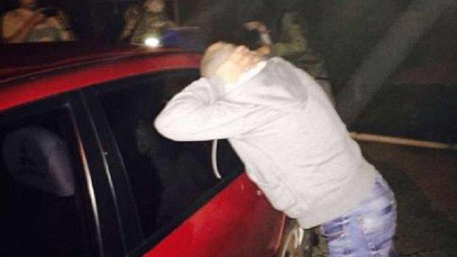 Групу прикордонників затримали за хабарі на виїзді з зони АТО