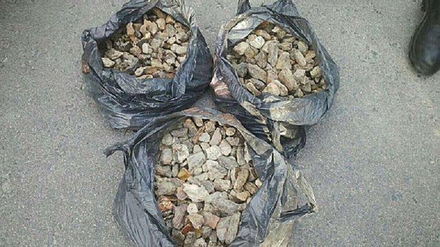 На Рівненщині поліція вилучила бурштину на мільйон гривень