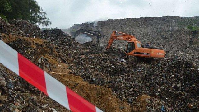На Грибовицькому сміттєзвалищі тривають аварійно-пошукові роботи
