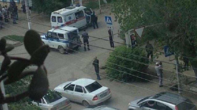 У казахському Актобе невідомі напали на два магазини зброї та військову частину