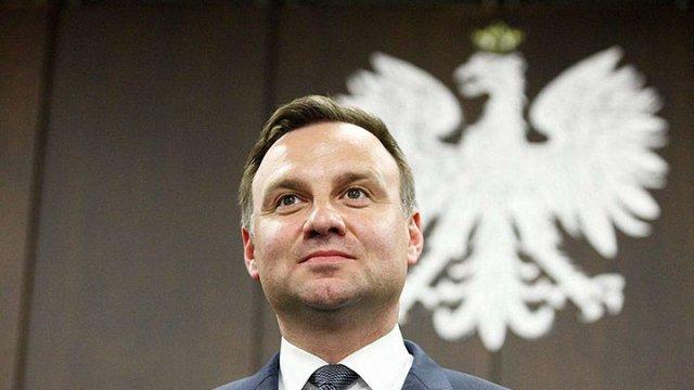 Польща прийматиме біженців без обмежень