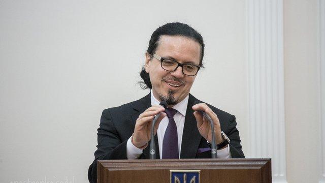 Новий керівник «Укрзалізниці» взяв у правління ще трьох поляків
