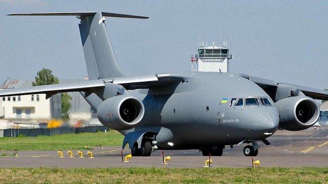 Азербайджан купить 10 літаків АН-178