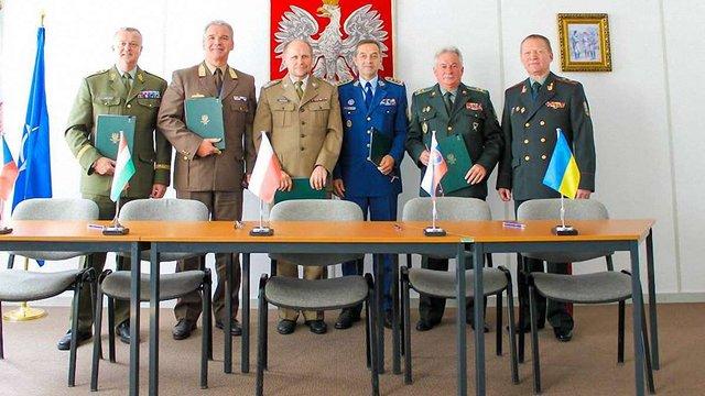Україна приєдналася до бойової тактичної групи країн Вишеградської четвірки