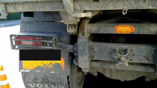 Вантажівка збила насмерть жінку у Львові