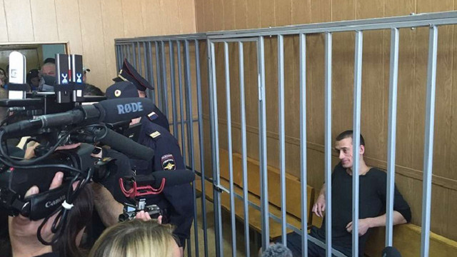 Російського художника-акціоніста Петра Павленського звільнили з-під варти