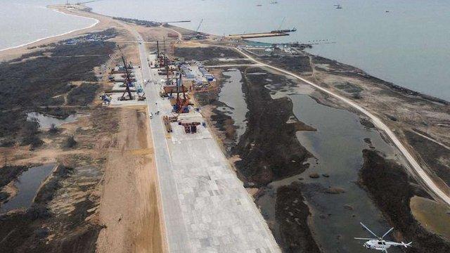 Будівництво керченського мосту зупинено через брак фінансування