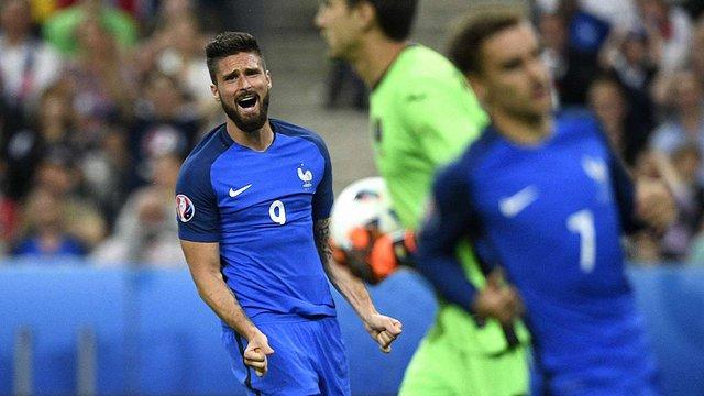 Перший матч Євро-2016 завершився перемогою збірної Франції