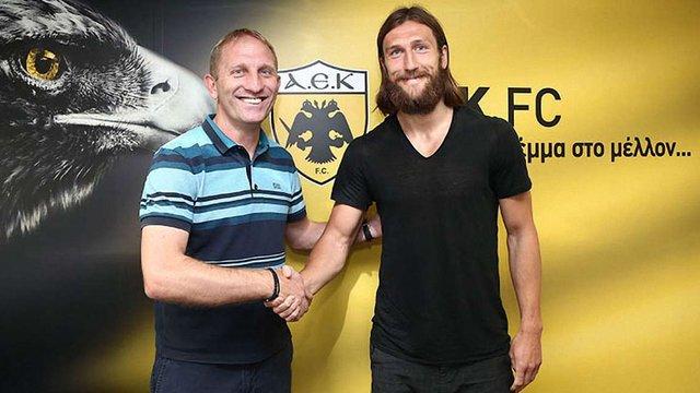 Футболіст Дмитро Чигринський підписав контракт із грецьким клубом