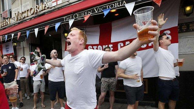 Влада Франції заборонила алкоголь на матчах Євро-2016