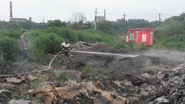 У Жидачівському районі горить 3,5 га сміттєзвалища