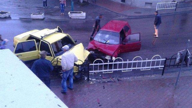 У ДТП в Городку постраждали троє людей, дворічна дитина в реанімації