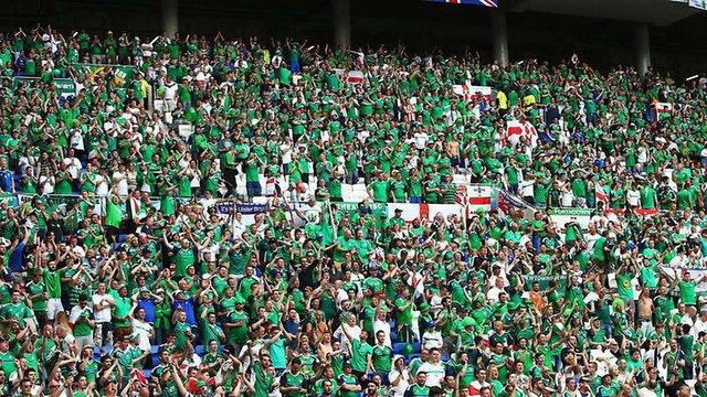 На стадіоні під час матчу Україна - Північна Ірландія помер вболівальник