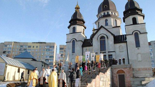 Вісім львівських храмів відзначають на Трійцю престольний празник