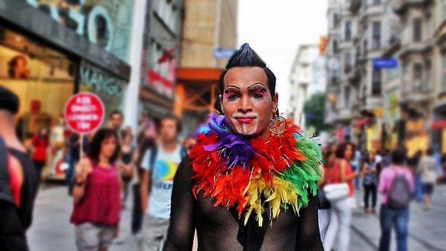 У Стамбулі заборонили проводити гей-парад