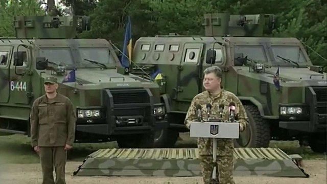 Силові структури  запобігли 300 терактам в Україні - Порошенко