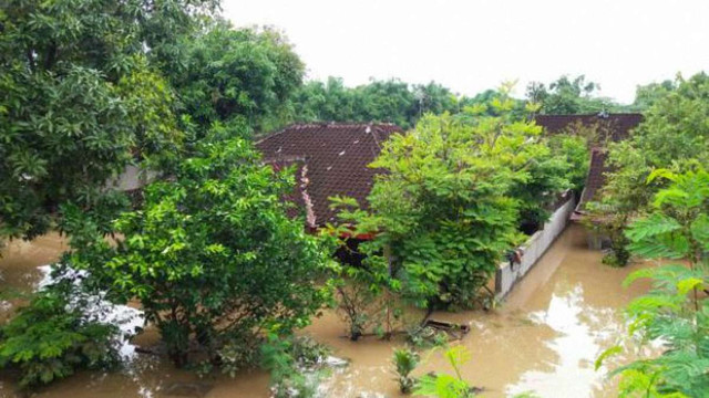 Внаслідок повені в Індонезії загинули понад 20 людей