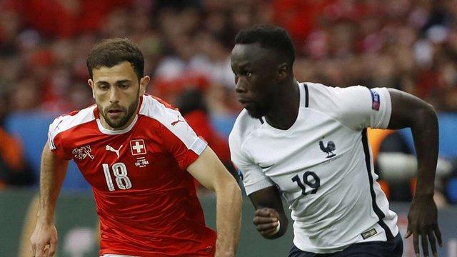 До 1/8 фіналу Євро-2016 вийшли Франція і Швейцарія