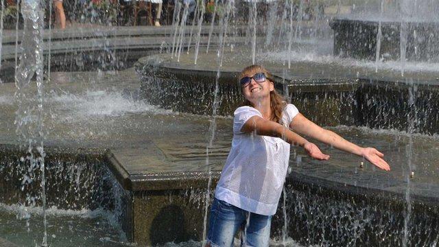 Синоптики прогнозують в Україні спеку, на Заході – дощі