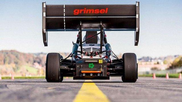 У Швейцарії створили електромобіль, який встановив світовий рекорд з прискорення