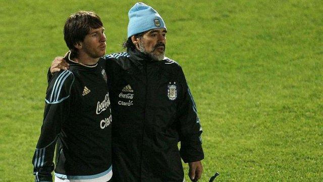 Дієго Марадона попросив Ліонеля Мессі залишитися в збірній Аргентини