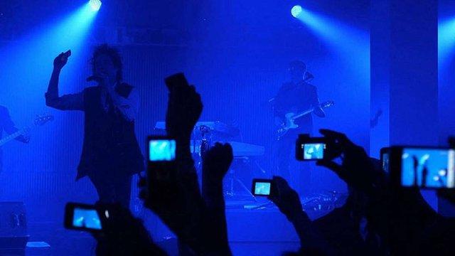 Apple хоче заблокувати можливість фотографувати на концертах для користувачів iPhone
