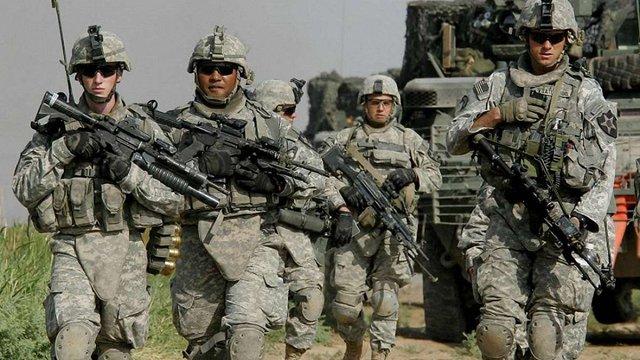 Пентагон дозволив трансгендерам служити в армії США