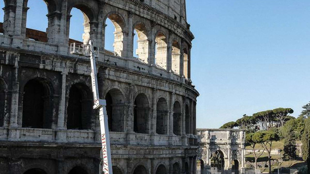 У Римі реставратори відмили Колізей