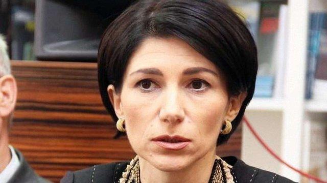 Комісія МОН не наважилася позбавити ступеня доктора дружину віце-прем'єра