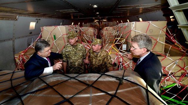 Україна отримала від США сучасні контрбатарейні станції