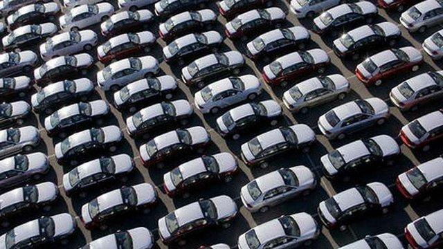 Президент підписав закон про зниження акцизів на вживані автомобілі